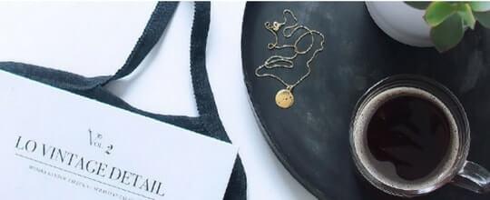 Więcej o sklepie z biżuterią Mollie